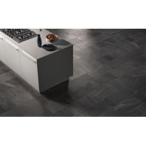 Essence Black 30x60